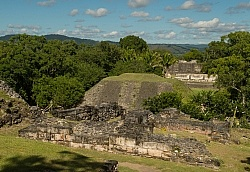 The Ride to Xunantunich with Hanna Stables